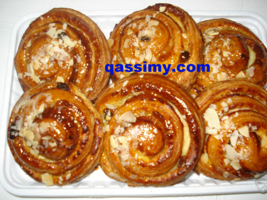 http://www.qassimy.com/up/users/amina/DSC00343.jpg