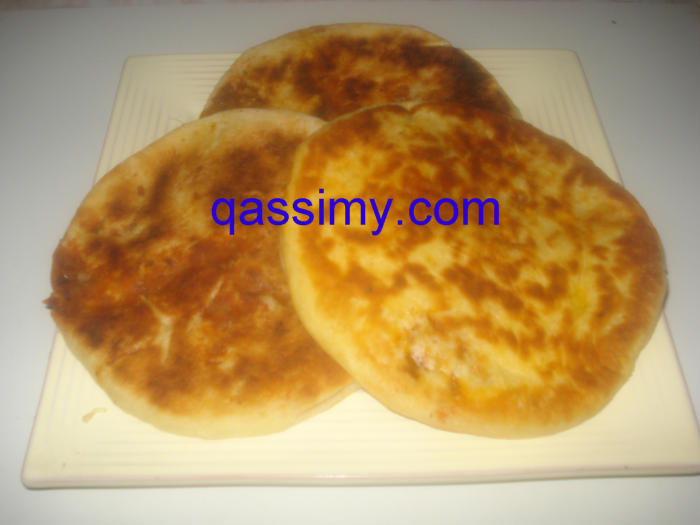 http://www.qassimy.com/up/users/amina/DSC00734.jpg