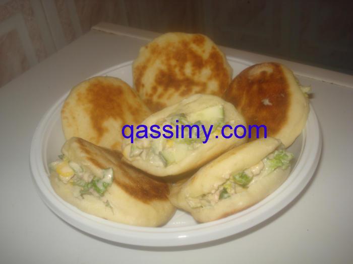 http://www.qassimy.com/up/users/amina/DSC00778.jpg