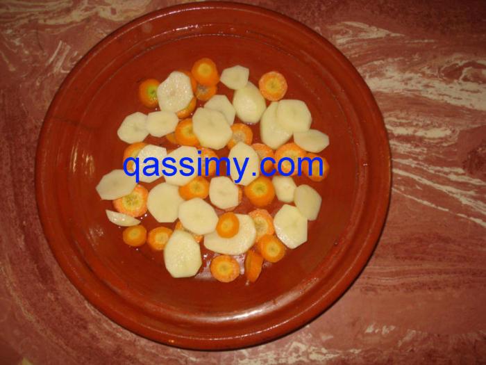 http://www.qassimy.com/up/users/amina/DSC05793.jpg