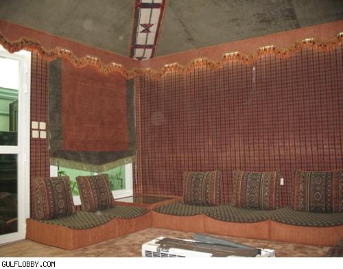 بيوت شعر مطورة ارضيات لبيوت الشعر تشطيب منازل جلسات عربية مدافىء بيوت