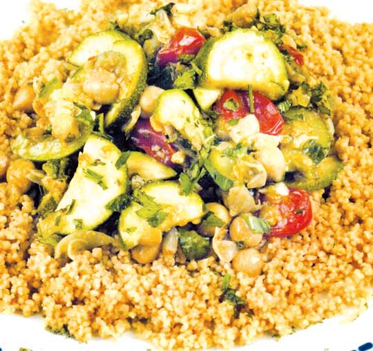 http://www.qassimy.com/up/users/moh/Chickpea-and-zucchini-saute.jpg