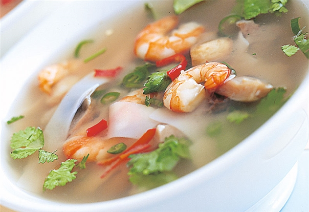 http://www.qassimy.com/up/users/qassimy/how-to-make-thai-soup-hot-recipe.jpg