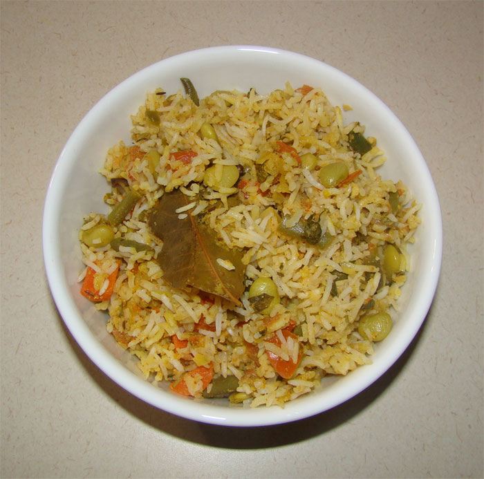 http://www.qassimy.com/up/users/qassimy/how_to_make_a_Vegetable-Biryani-Recipe.jpg