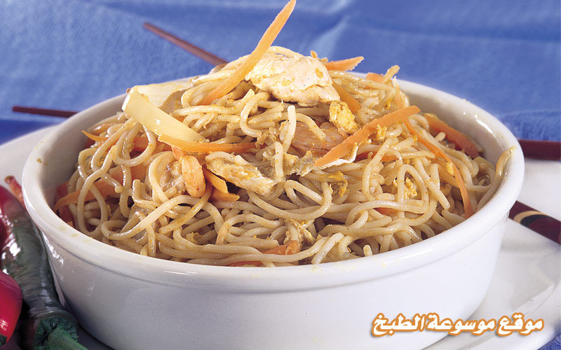 http://www.qassimy.com/up/users/qassimy/how_to_make_a_recipe_for_Macaroni_noodles_with_meat_or_chicken_curry.jpg