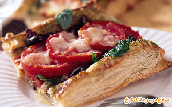 http://www.qassimy.com/up/users/qassimy/how_to_make_a_recipe_for_Pie_Puff_Pastra_with_eggplant_sauce_Albasto.jpg