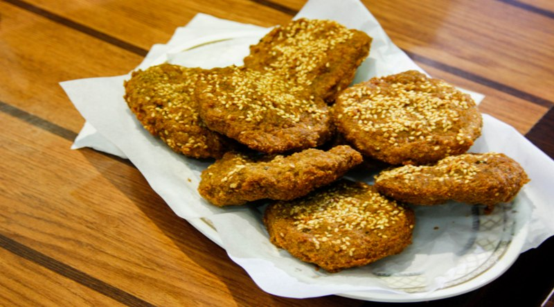 http://www.qassimy.com/up/users/qassimy/picture-of-how-to-make-egyptian-falafel-recipe3.jpg